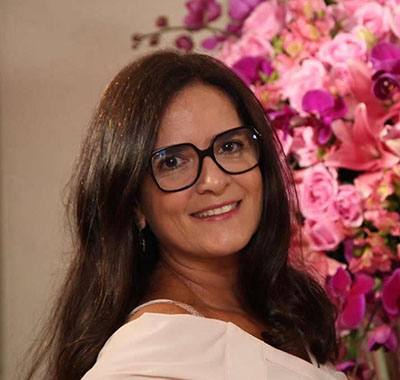Dra. Sandra Cristina Vallim Costa de Carvalho