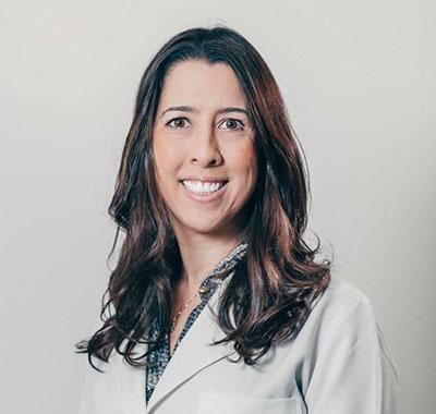 Dra. Adryana Andrade Assunção