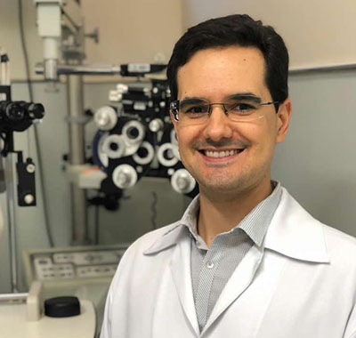 Dr. Rafael Canhestro Neves